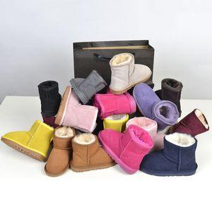 2021 Mini zapatos cortos clásicos Bailey Bow Button Button Wgg Triplet Australia Mujeres Mujeres Invierno Botas de nieve Piel Australiano Furry Botines