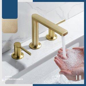 Luxo Luxo escovado ouro latão banheiro torneira três furos dois alças Frio quente água misturador torneira torneira torneira