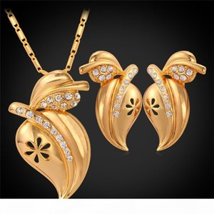 Rhinestone Vivid Peach Pendant Necklace Stud Earrings for Women 18K Real Gold Plated Cute Fashion Jewelry Set