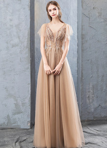 2020 Gorgeous Sexy A-line V-neck Formal Evening Gowns Long Floor Length Tulle Empire Waist Appliques Lace Up Ruched Wedding Dresses