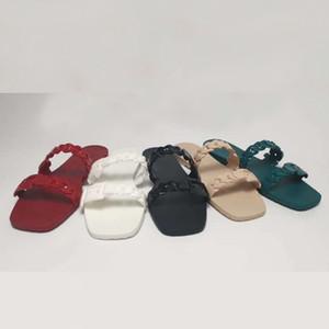 Diseñador Sandalias Cadena Slipper Mujer Caucho Travestia Sandalia Top Patente Cuero Flip Flop Botón Sandalia Moda Playa Plana Slipper Colorido