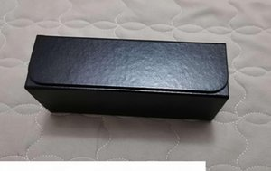 Sunglasses Hard Case Black Eye Glasses Box with Cleaning Cloth New