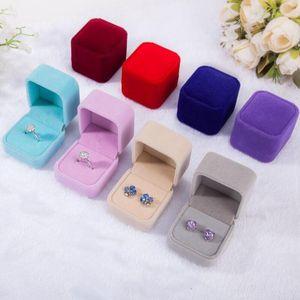 Bijoux de velours Boîte de rangement Boucles d'oreilles d'affichage Organisateur de mariage élégant anneau carré Collier Case conteneur Coffrets cadeaux DHC1922