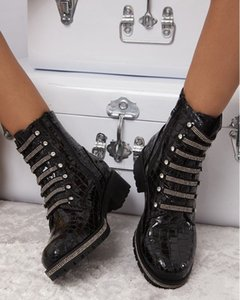 [GOGD]Women Boots Black Leather Female Zipper Cross-tied Bling Shoes Buckle Riding With Diamond 201022