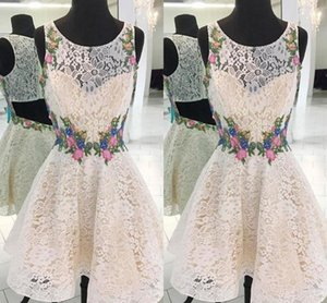 Fashion 3D Floral Flowers Lace 2021 Homecoming Prom Dress Sheer Neck Applique Lace Short Cocktail Party Dress Formal Gowns Cheap Custom Made