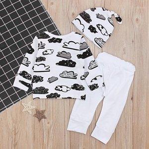 2020 Bebek Tek Parça Giyim Pamuk Sevimli Bulutlar Graffiti Pamuk Üç Parçalı Şapka T-shirt Ceket Pantolon Giyim Ücretsiz Şapka Comfort1