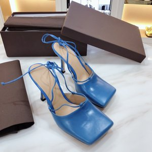 The new style of spring and summer 2020 wear Baotou slippers, square heels, square heels, strapped sandals, stilettos, high heels