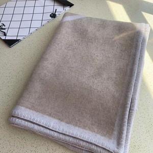 2020 NOVO C C Blanket TOP quailty H Blanket Thicken Blanket Início do curso de Inverno Cachecol Xaile Aqueça diária Cobertores 170 * 140 centímetros presente de Natal