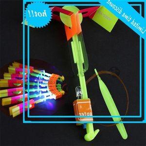 FLIER FLYER LED arrow Hubschrauber Flying Regenschirm Kinder Spielzeug Erstaunliches Schuss Beleuchtet-up Fallschirm-Geschenke Meer Versand OOA2245