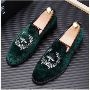 New arrival Fashion Men's Embroidery velvet Business leather Groom shoes loafers heren schoenen web celebrity driving loafers