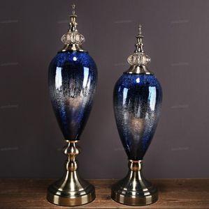 Kostenloser Versand Europäischer Luxus-Keramikglas-Kunsthandwerk Ornamente Dekoration Wohnzimmer Klassische Palast Desktop Porzellanfiguren Kunstwerke