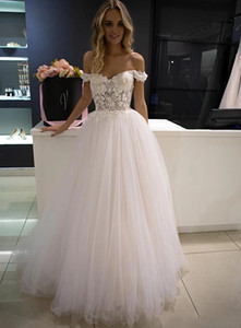 Chic 3D Flowers A Line Wedding Dresses Off The Shoulder Sweetheart Tulle Bridal Wedding Gowns Appliques Backless Bride Dress Custom Made