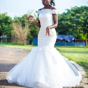 2021 African Off Shoulder Lace Mermaid Wedding Dresses with Appliques Sweep Train Cap Sleeves Tulle Plus Size Wedding Bridal Gowns