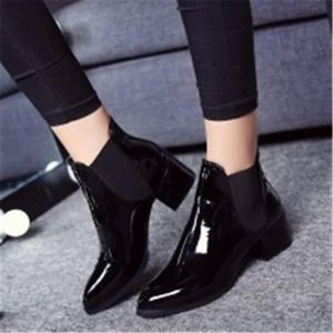 Uropean and Beautiful Women Shoes Autumn and Winter New Elastic Band Patent Leather Ladies Pointed Low Heel Ankle Boots