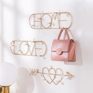 Nordic Metal Golden Hook Creative Heart Shaped Wall Hooks for Hanging Clothes Bedroom Door Decor Key Hanger Handbag Hanger Racks