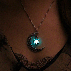 Foreign trade wish explosion Halloween ghost hollow moon necklace love bird cage luminous bead pendant short necklace