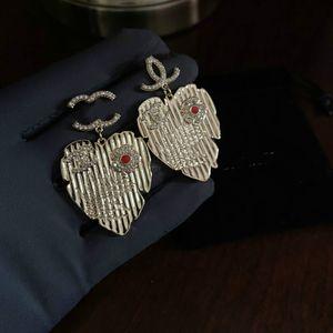 2020 New Bohemian Designers Earings Ear Rings Drop Luxury Jewelry Women Letter Pearl Earrings Hoop Decorative Pandora Earrings A82