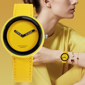 Cuoio variopinto di modo della vigilanza di orologio 10 delle signore di colore Orologi di Womage donne della cinghia di marca dell'orologio per la femmina Relogio Feminino