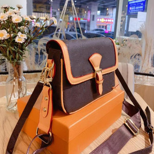 Designer Famous High Quality Luxury Leather Brown Letter Flower bag portable Classic Women Shoulder Bags Zipper Wallet