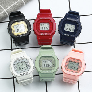 Kinderuhr Digitaluhr Silikon Multicolor Rechteck Form Zifferblatt Wasserfestes Student Watchs Kind Outdoor Sport Armbanduhr 4 6YT L2