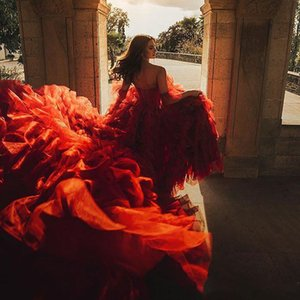 Red High Neck Prom Dresses Sweetheart Ruffles Tiered Skirts Arabic Evening Dress Custom Made Formal Cocktail Party Gowns Robes De Soiree
