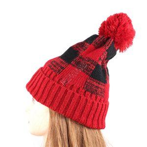 Mulheres Winter Flanged manta Gorros Marca Designer Cap Hat malha de lã Caps Pompom Crochet Bonnet Moda Checkered Beanie Hats New D92403