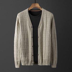 Classico a maglia a V Colletto maschile Maschile Luxury Sof Solid Color Spring Casual Mens Maglioni Fashion Skin Sweater Man Taglia 4XL