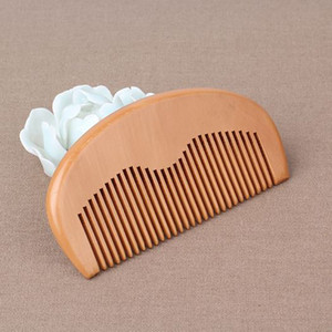 350pcs Wholesale boutique health care mahogany comb practical gifts custom wooden comb logo lettering makeup wooden comb gifts