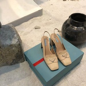 Vente chaude Dernières chaussures de robe haut de gamme Mode Classic Mariage Chaussures Femmes; S Partie noire Fashion Plat Top luxu Desig Chaussures Véritable Cuir Sanda
