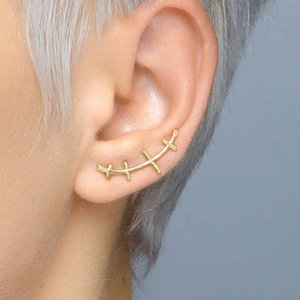 Extremely personalized scar shape 3d earrings 925 sterling silver male and female earrings ear clips asymmetric earrings
