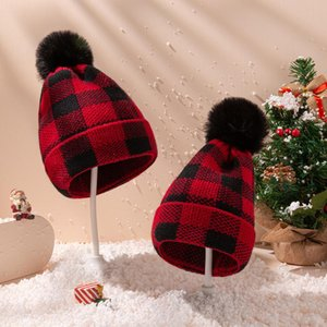 Plaid Parent-child Knit Cap Beanies Baby Moms Winter Knitted Hats Warm Crochet Skulls Caps Outdoor Pom Pom Beanie Hats OWE2098