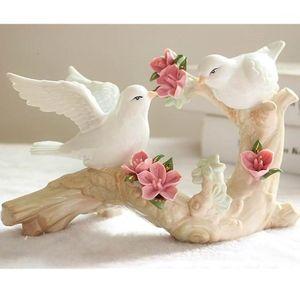 Oggetti decorativi figurine in ceramica piccioni uccello bianco colomba ornamento artigianato decorazione porcellana animale figurina decorazione della casa1
