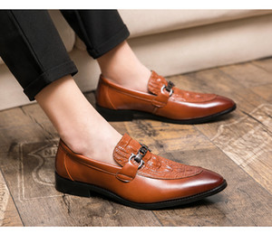 2020 New product Hot sales mens shoes Crocodile pattern men dress shoes Groom shoes men luxury loafers 444