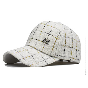 The new M standard autumn and winter outdoor trendy gold thread male and female fashion plaid baseball cap