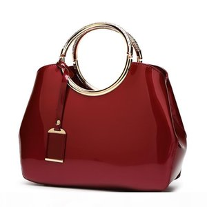 Red bridal bag 2018 new stylish shiny patent leather women's bag messenger bag joker shoulder handbags