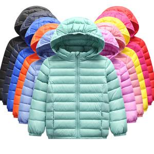 Garçons et filles Winter Hiver Down Jacket 90% de plumes de canard Down Ultra Light Veste pour enfants Grand Boy Girl Vêtements Taille 2T-10T Y200831