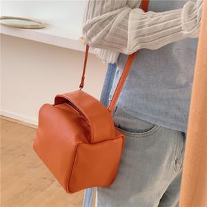 Designer-Luxurys Bags New Style 2020 Makeup Bag All-match Ins Shoulder Bag Hand Bag Leopard Bag Fashion Trend Messenger