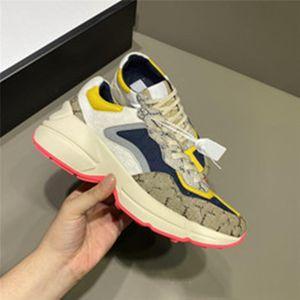 2020 Zapatos casuales Papá Sneaker París Diseñador de moda Hombres y mujeres Plataforma de zapatos Deportes Strawberry Onda Boca Tiger Web Imprimir