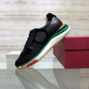 2020 NOUVELLES Designer MensFerragamoChaussures de sport Baskets luxurys Scarpe firmate robe chaussures d'affaires décontractée de hombre de 151A-537
