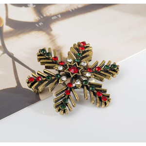 Vintage Exquisite Snowflake Crystal Brooch Pin Christmas Brooch Women Brooches Pins Decoration Xmas Merry Xma bbydKN bde_home