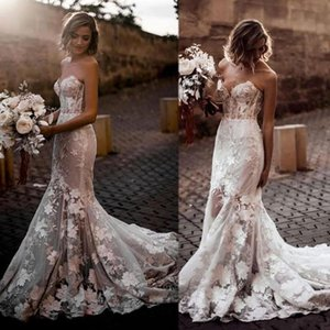 Setwell Strapless Mermaid Wedding Dresses Sleeveless Sexy Backless Illusion Bodice Lace Appliques Floor Length Bridal Gowns