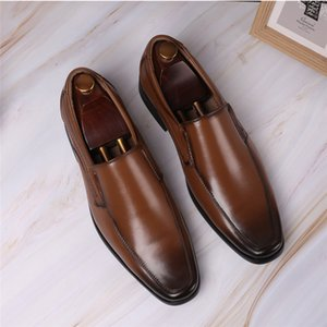 Vintage Men Shoes Casual Moccasins Leather Oxfords Classic Elegant Fashion Dress Shoes Breathable Business Wedding Loafers