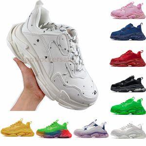 2021 Luxury Designer Shoes Sapatos masculinos Triple S Paris Luxurys Designers Calçado de sola grossa Sapatos de designer luxo Sapatos pretos