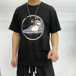 2021 Hotselling Bahar Avrupa Erkek Ayakkabı Baskı T Gömlek Moda Mektup Baskı T Shirt Yüksek Kalite Tasarımcı T Gömlek Kadın Sokak Rahat Tee