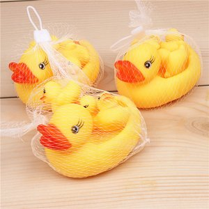 Baby Bath Water Toy Sounds Yellow Rubber Ducks One Big With three Small Duck Children Swimming Beach Baby Kids Gifts