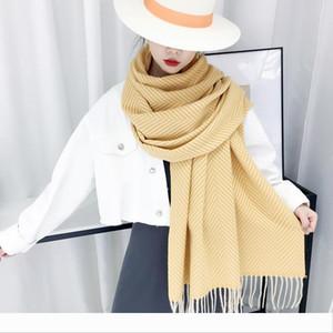 Designer écharpe chaude pour l'automne et l'hiver des femmes nouveau cachemire comme des foulards châle épais écharpe à franges simples