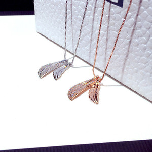 Exquisite and Simple Inlaid Rhinestone Feather Pendant Necklace Leaves Clavicle Necklace 925 Silver Ladies Jewelry Sweater Chain