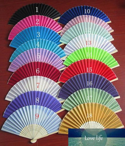Wholesale- 100Pcs Free Shipping Mix Color Silk Folding Hand Fan Favors Personalized Wedding Souvenirs Abanicos Para Boda+Organza Bag