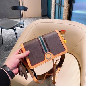 Mode Diagonale Tasche 21 Neue Designer Damen Umhängetasche Trendwert Drei-teiliges Set + Welpen Anhänger + Geldbörse + Geschenkbox WF212042