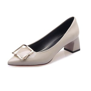 LMYOM Marken-echtes Leder Metallic Quadrat Schnalle Patent Frauen neue koreanische Version spitze Zehe flacher wome Single-Schuh